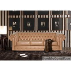 Трехместный кожаный диван Честерфилд